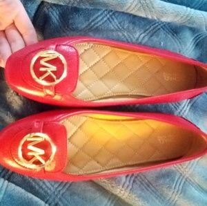 Red classy shoes MK